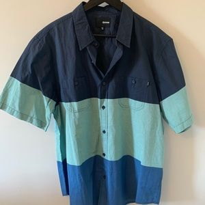 BUY 2 get 1 FREE / NWOT / Ripzone/ Button up
